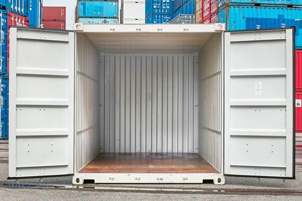 Verhuiscontainer van binnen