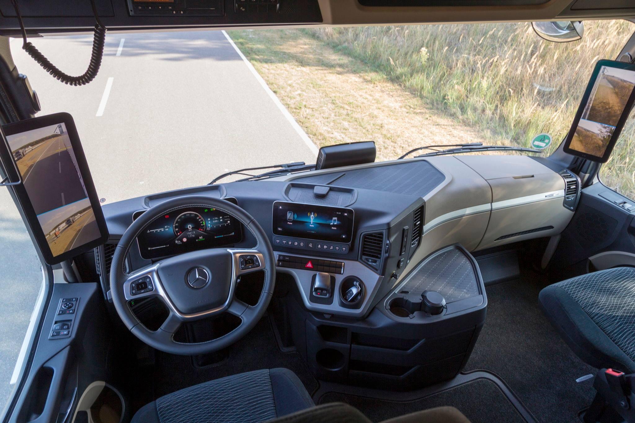 Verhuiswagen zonder spiegels